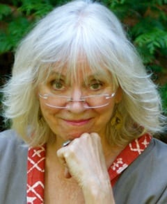 Linda Bailey AUTHOR PHOTO
